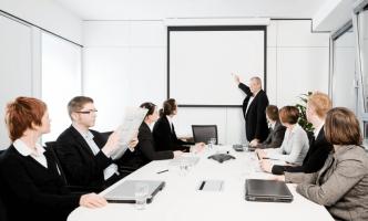 Những câu giao tiếp tiếng Anh thông dụng trong cuộc họp