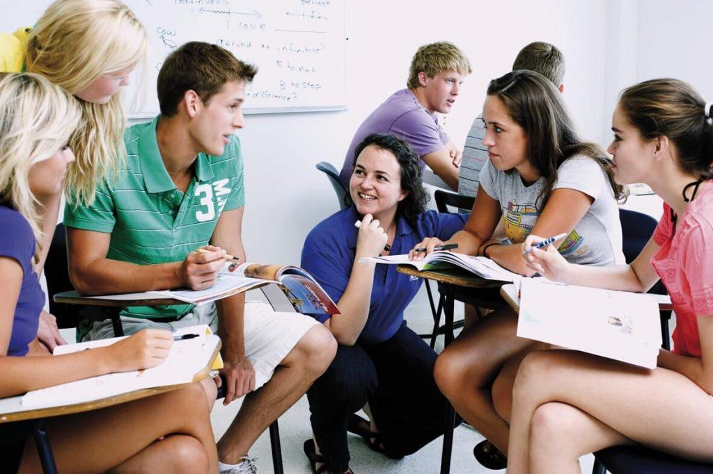Phát triển khả năng học nói tiếng Anh giao tiếp vượt trội