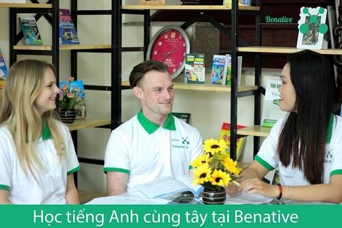 Hoc tieng Anh cung tay tai Benative