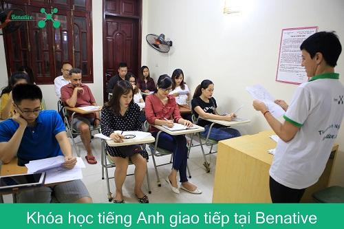 Khoa hoc tieng Anh tai Benative