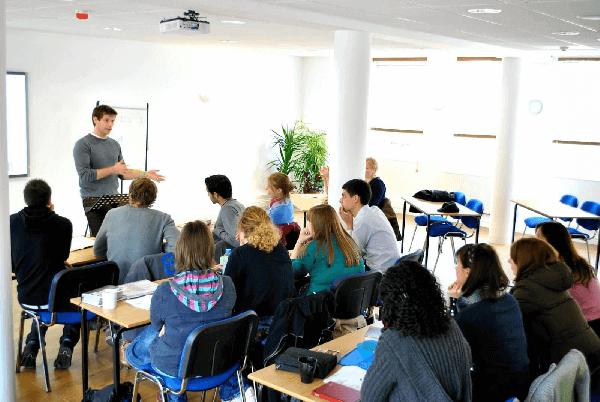 6 bước dạy giao tiếp tiếng Anh hiệu quả