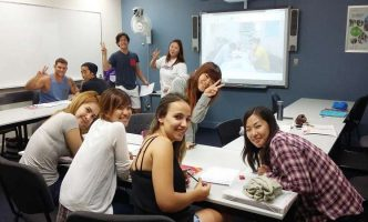 Kinh ngạc bí mật ít người biết về du học Tiếng Anh ngắn hạn