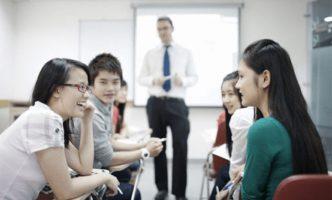 4 tuyệt chiêu luyện giao tiếp tiếng Anh như người bản xứ