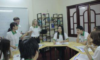 Học tiếng Anh ở Benative