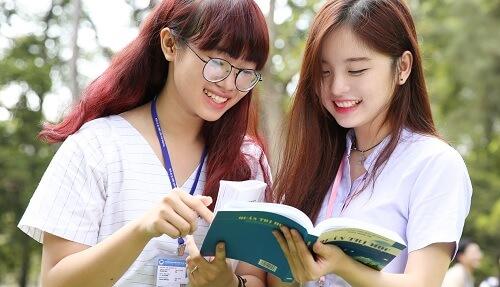 3 bí quyết giao tiếp tiếng Anh cơ bản cho sinh viên