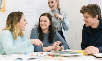 Tổng hợp mẫu câu tiếng Anh giao tiếp chuẩn nhất 2019